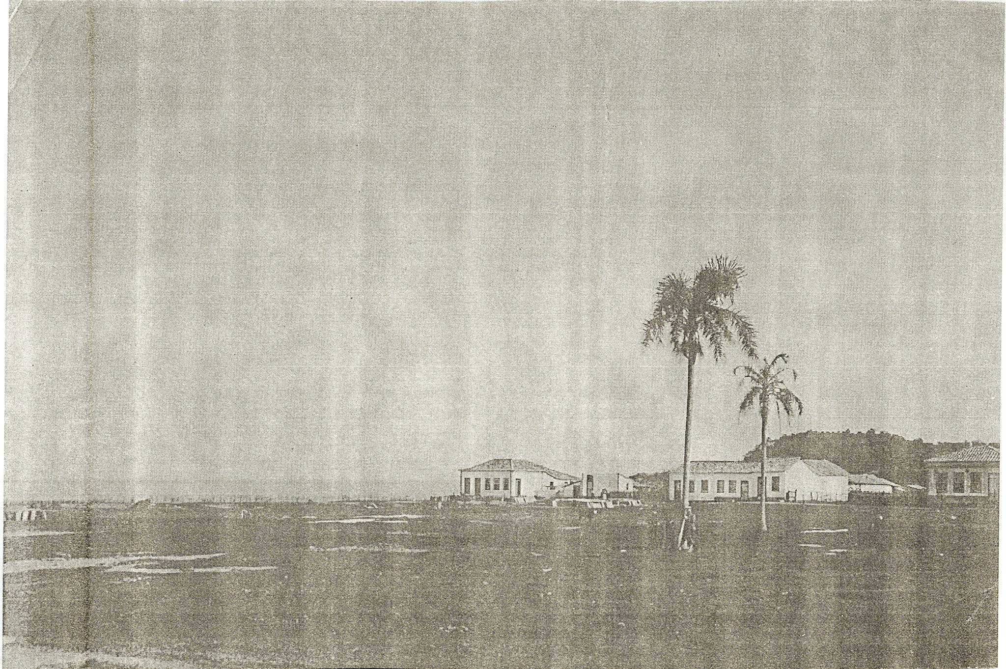 Uma das primeiras casas do bairro. Na época, a Praça Inácio Antonio da Silva ainda não existia.