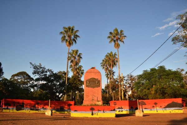 Pintura do Muro da Praça Inácio Antonio da Silva